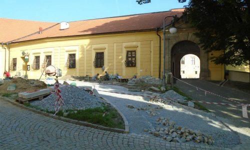 Terénní úpravy, práce s kamenem, stavební práce, výsadby