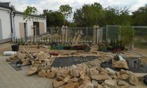 Instalace geotextílie, výsadby